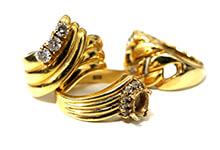 横浜で金・貴金属を売るなら買取むすび - 指輪