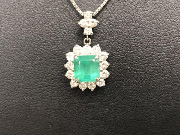 横浜でダイヤ・宝石を売るなら買取むすび - 上大岡,買取,エメラルド,宝石