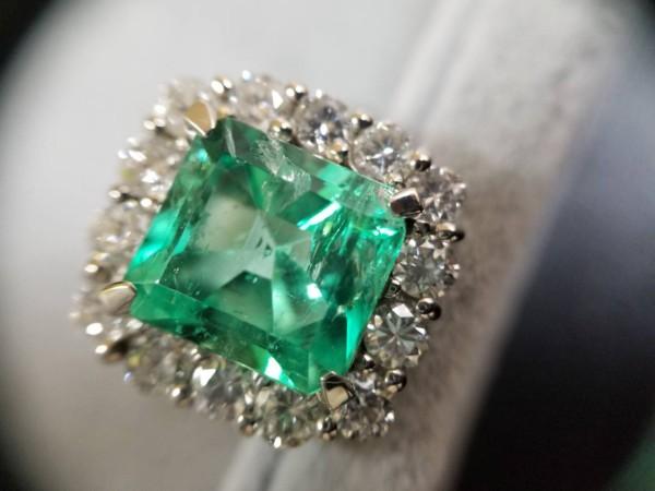 金・ダイヤ・ブランド品・時計を売るなら - 青葉台,買取り,宝石・エメラルド