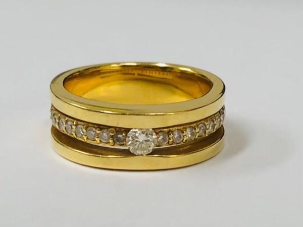 金・ダイヤ・ブランド品・時計を売るなら - 金,売,藤沢