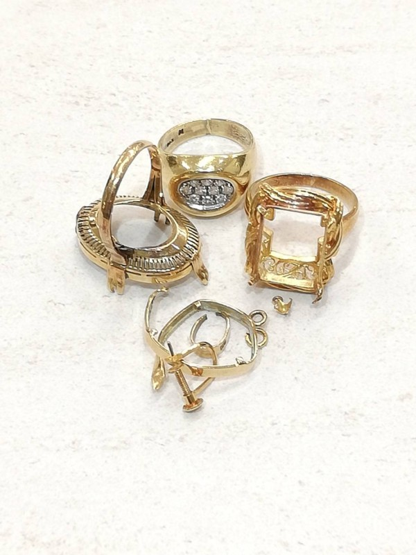 金・ダイヤ・ブランド品・時計を売るなら - 貴金属,買取,東戸塚