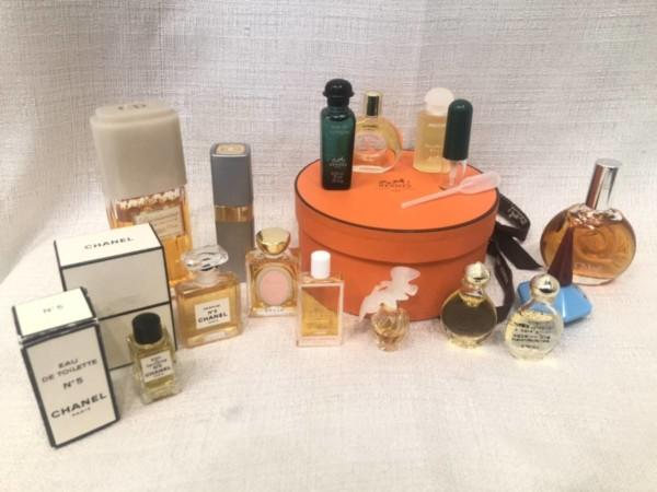 化粧品・香水 -