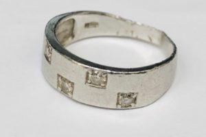 金・ダイヤ・ブランド品・時計を売るなら - 茅ヶ崎,プラチナ,買取